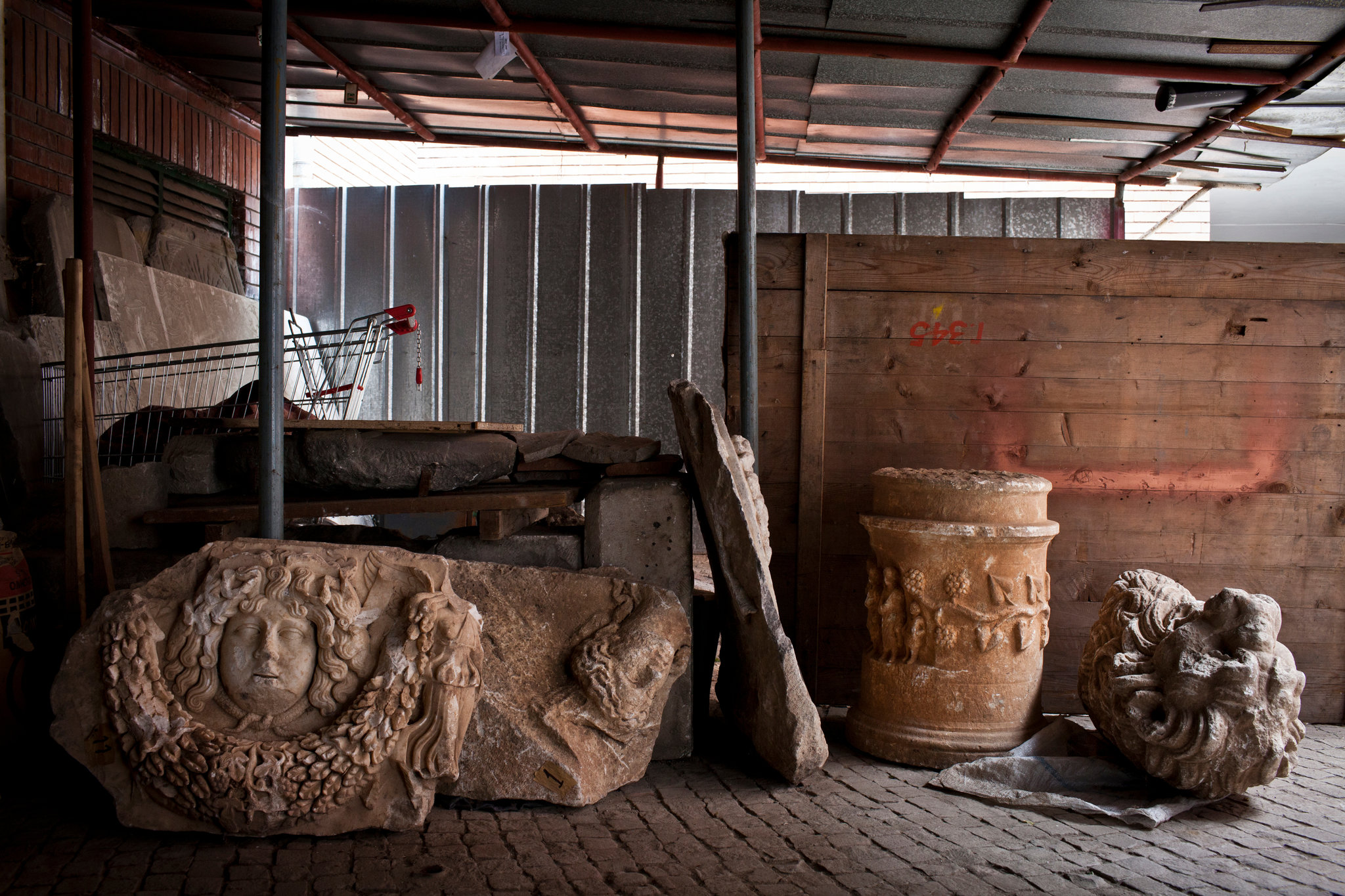 Artifacts from the ancient Sumerican city of Lagash, in northern Iraq